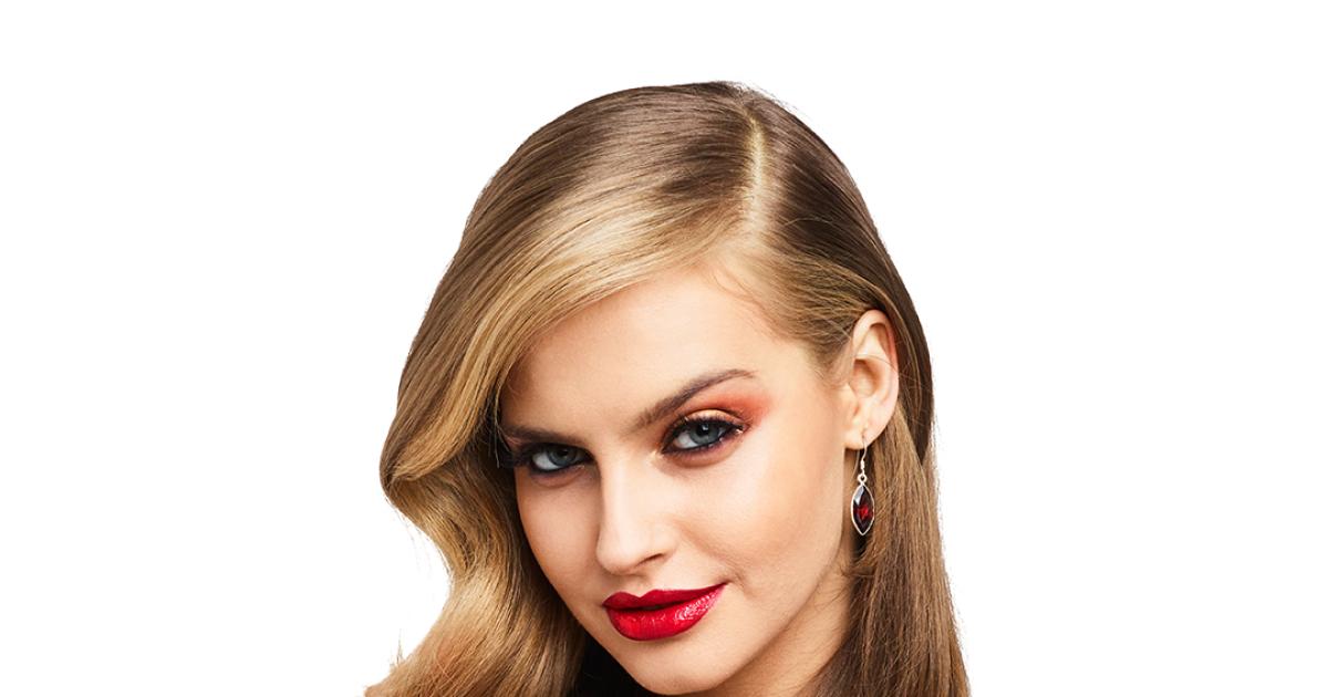 Karolina pisarek w kampanii kosmetyk w top model tvn for C m r bagnolet