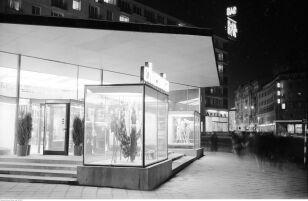 Pawilon Chemia przy Brackiej (19 61-1970) Zbyszko Siemaszko / NAC
