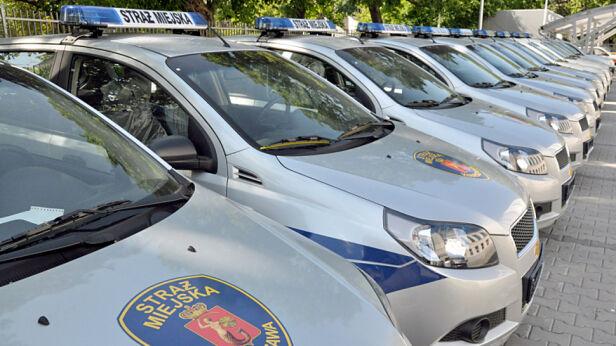 Warszawska straż miejska najdroższa w kraju straż miejska