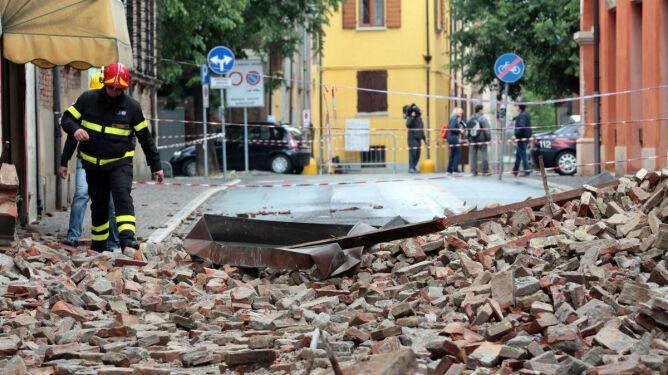 Ziemia drży już piąty dzień. Duże straty we Włoszech