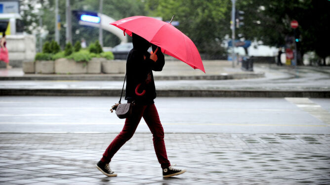 Prognoza pogody na pięć dni: ani opady, ani burze nie odpuszczą